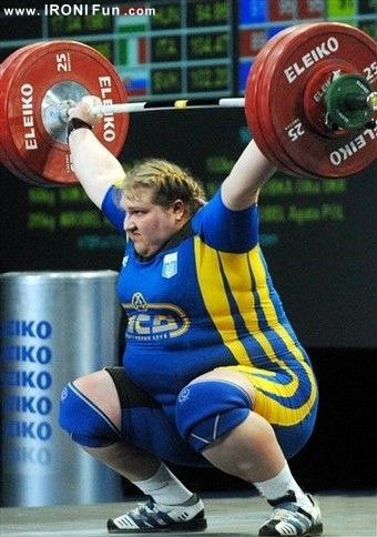 IRONI Fun.com ::. تا حالا زنان وزنه بردار دیدین ؟؟!!